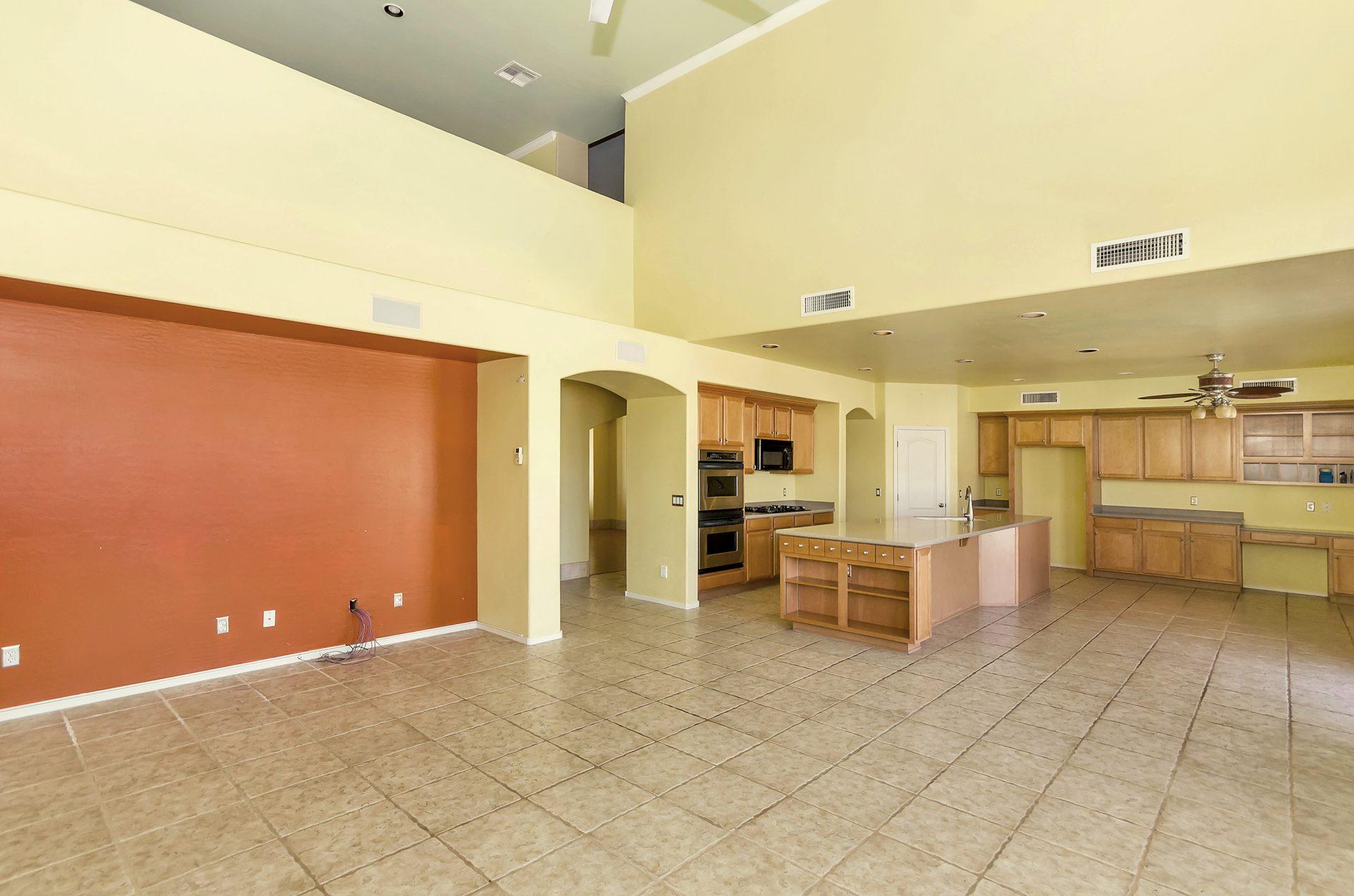 3158 E Hackamore Family Room Tempe Real Estate Agent