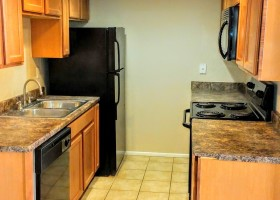Rialto Condominium kitchen