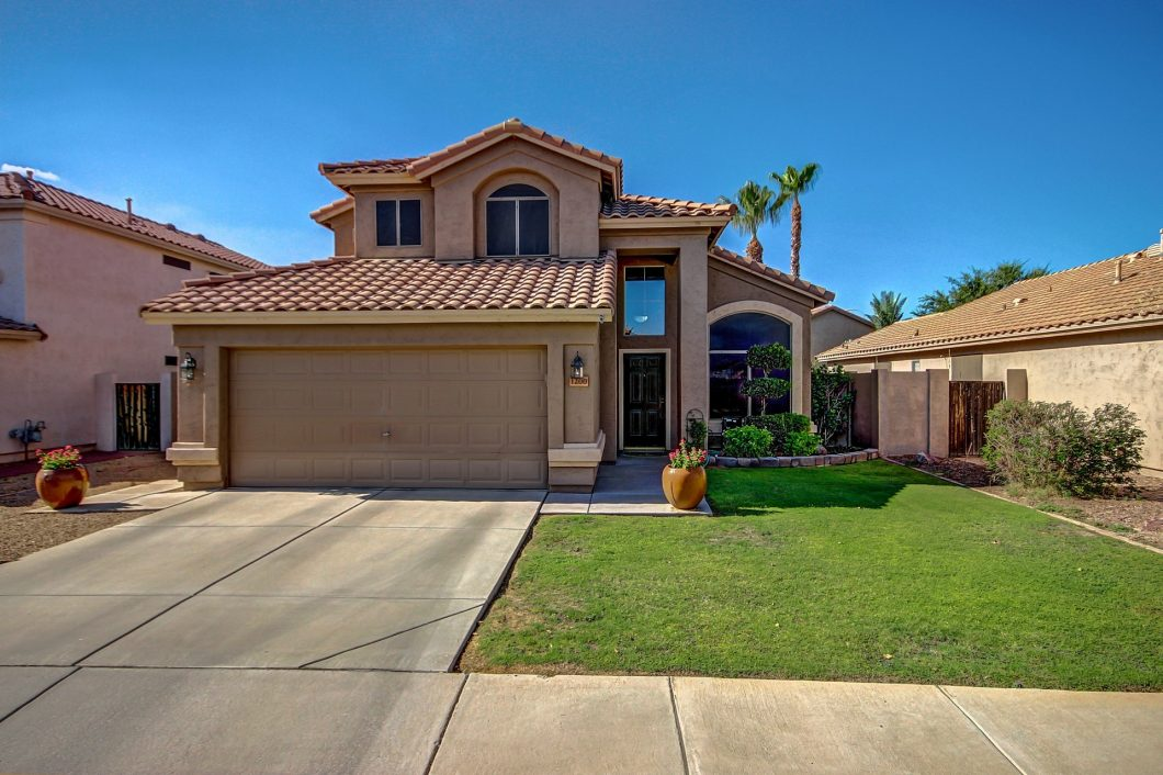 4 bedroom home in Chandler