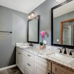 5846 South Country Club bathroom