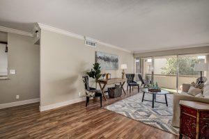 updated Scottsdale condominium