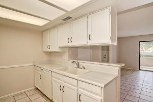 Dobson Villas kitchen