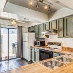 302 N Sycamore kitchen