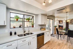 2517 W Lompoc kitchen