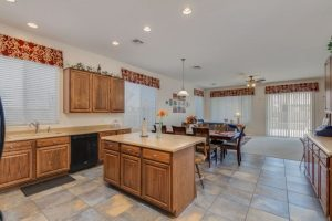 3323 W Ian island kitchen