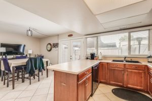 1725 E Baker kitchen