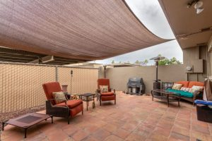 1725 E Baker patio