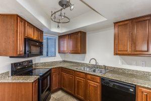 885 N Granite Reef kitchen