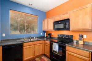 3026 E Dunbar kitchen
