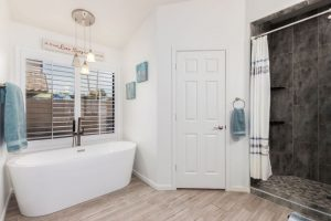 3580 W Kent master bath