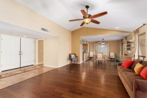 24826 N Drifter Family room