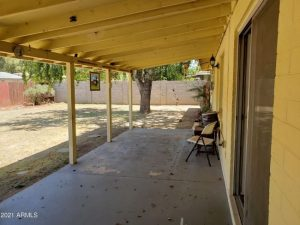 3320 W palmaire covered patio